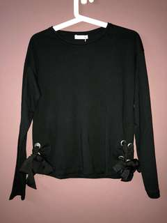 Black Long-Sleeved Top
