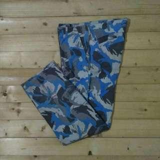 Camo Army Celana Panjang Cargo Devilock