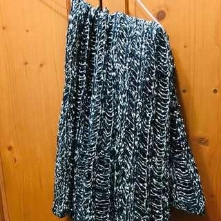 🚚 全新lulu's黑杏混織圍巾