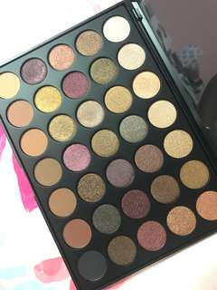 AUTHENTIC MORPHE 35F - FALL INTO FROST EYESHADOW PALETTE