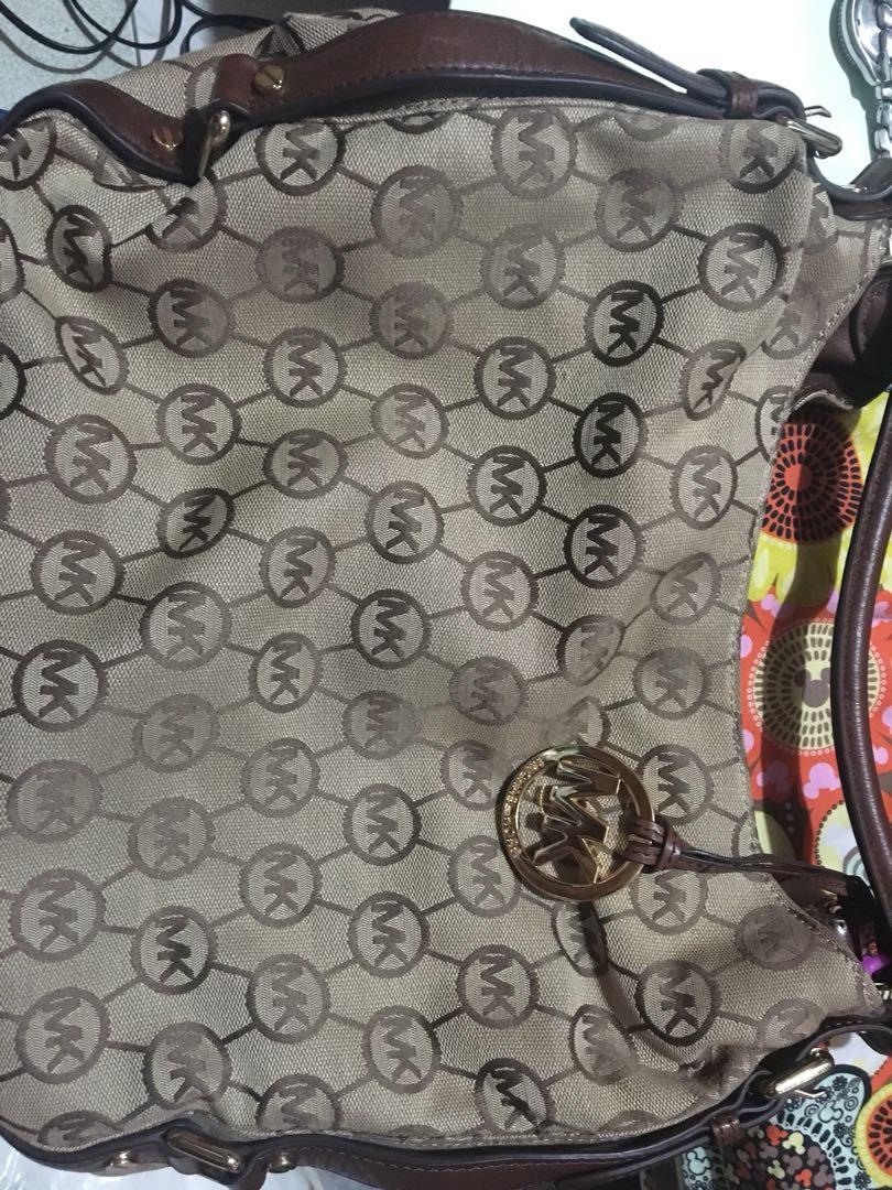 e3bf7d4e5853 Authentic MK HOBO BAG, Women's Fashion, Bags & Wallets on Carousell