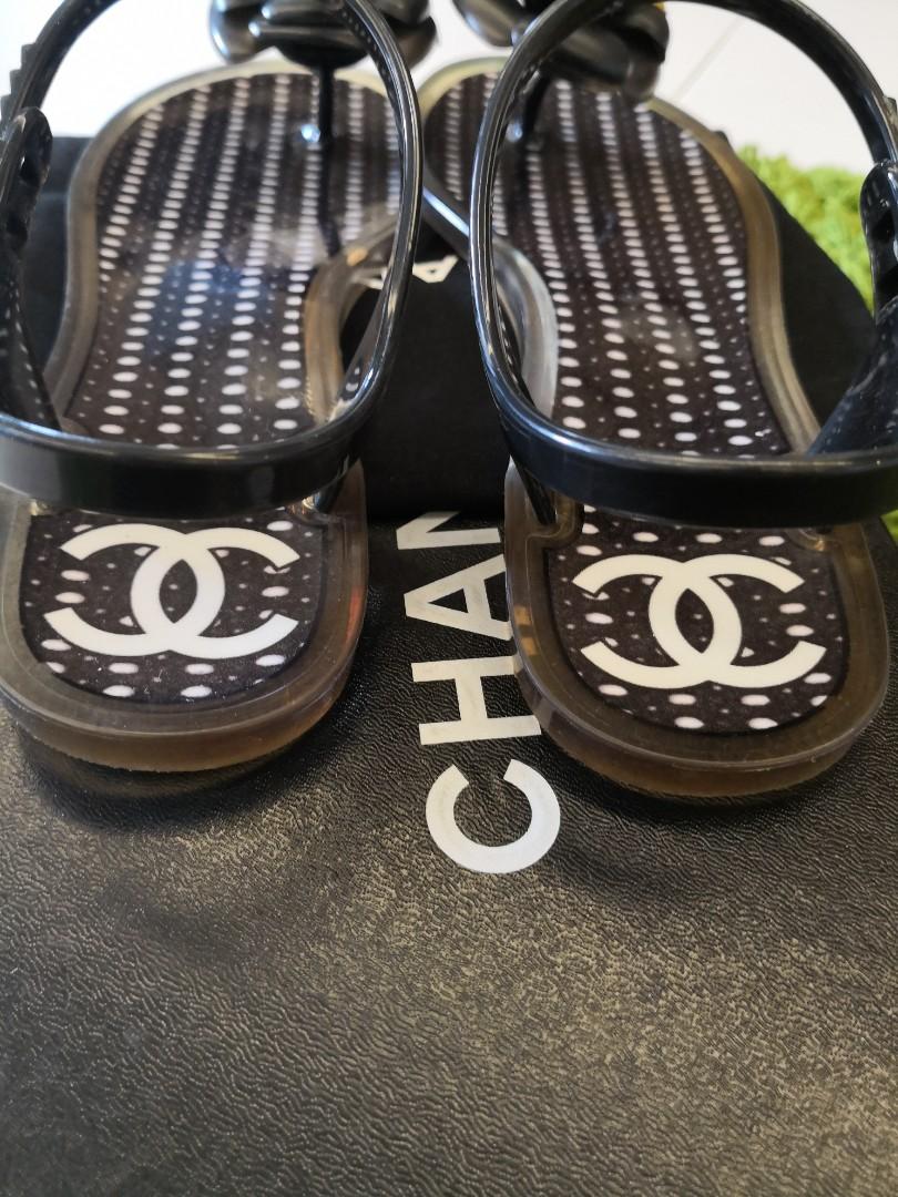 f53d44e04e8d Chanel Black Jelly Camellia Clear White Thong (EU 36) Sandals ...