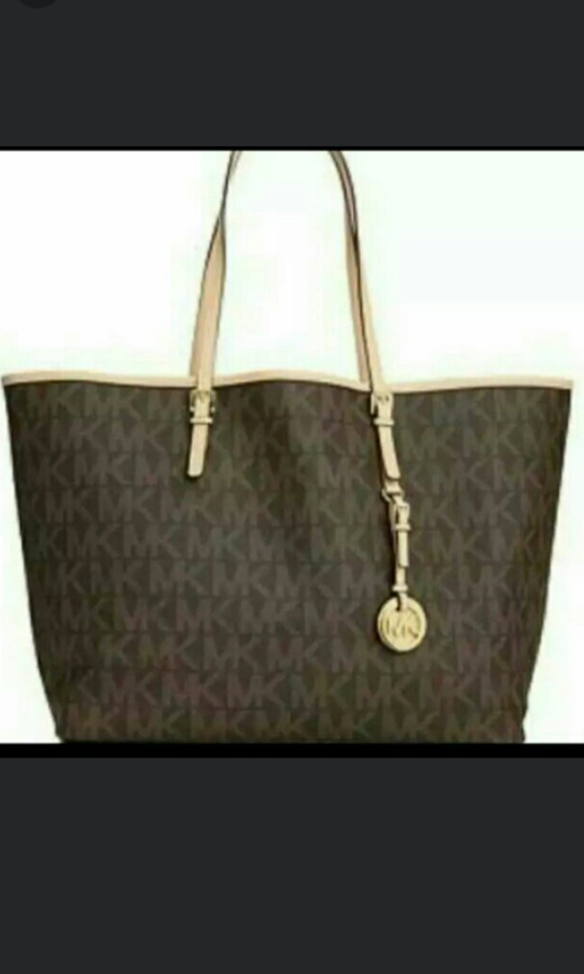 0203cbc27fe342 Clearance Michael Kors Classic Tote Bag, Luxury, Bags & Wallets ...