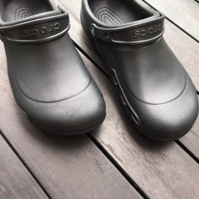 Crocs Kitchen Shoes, Men's Fashion