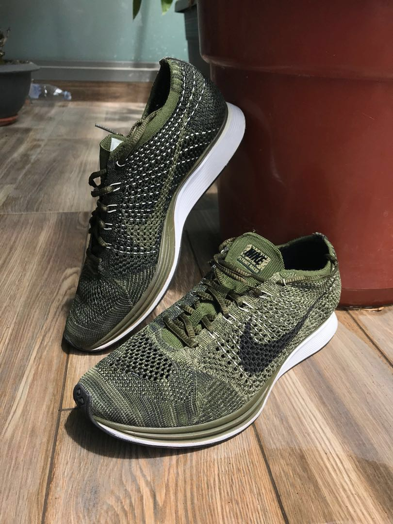 9e37525cf Nike Flyknit Racer US10 - Sold Out  Rough Green  Colourway in Great ...