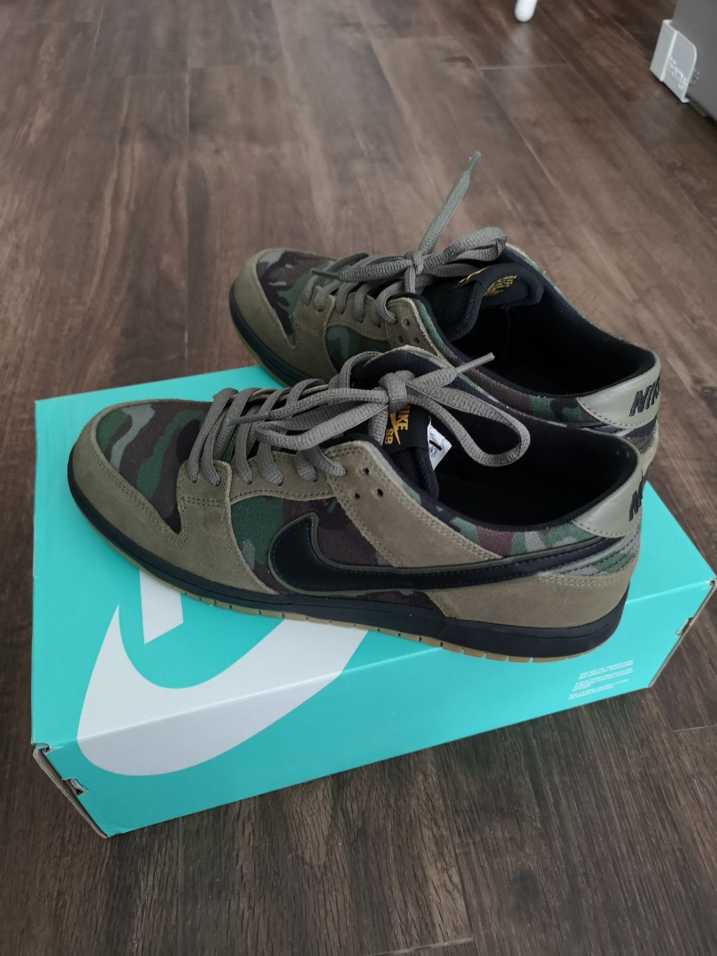 a0c88024c1c6a Nike sb zoom dunk low pro camo olive, Men's Fashion, Footwear, Sneakers on  Carousell