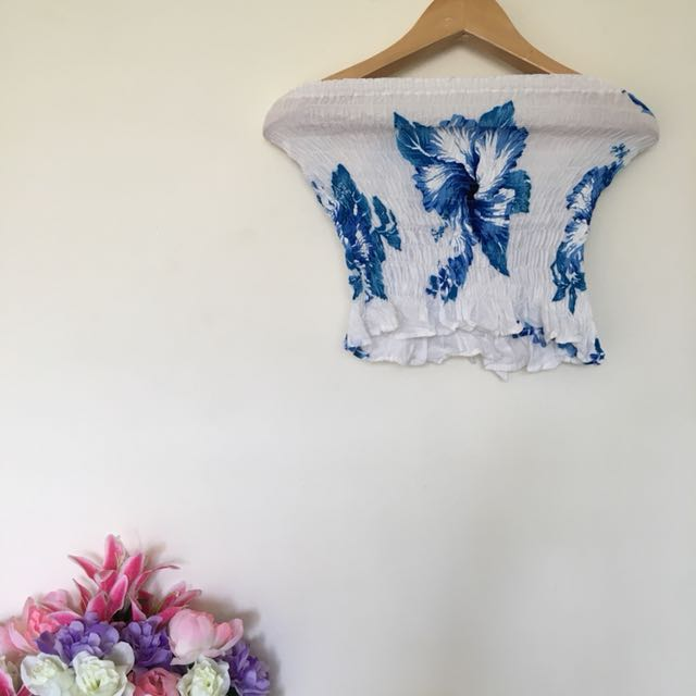 ffc75be9d09 🆕Stretchy Strapless Floral Boobtube