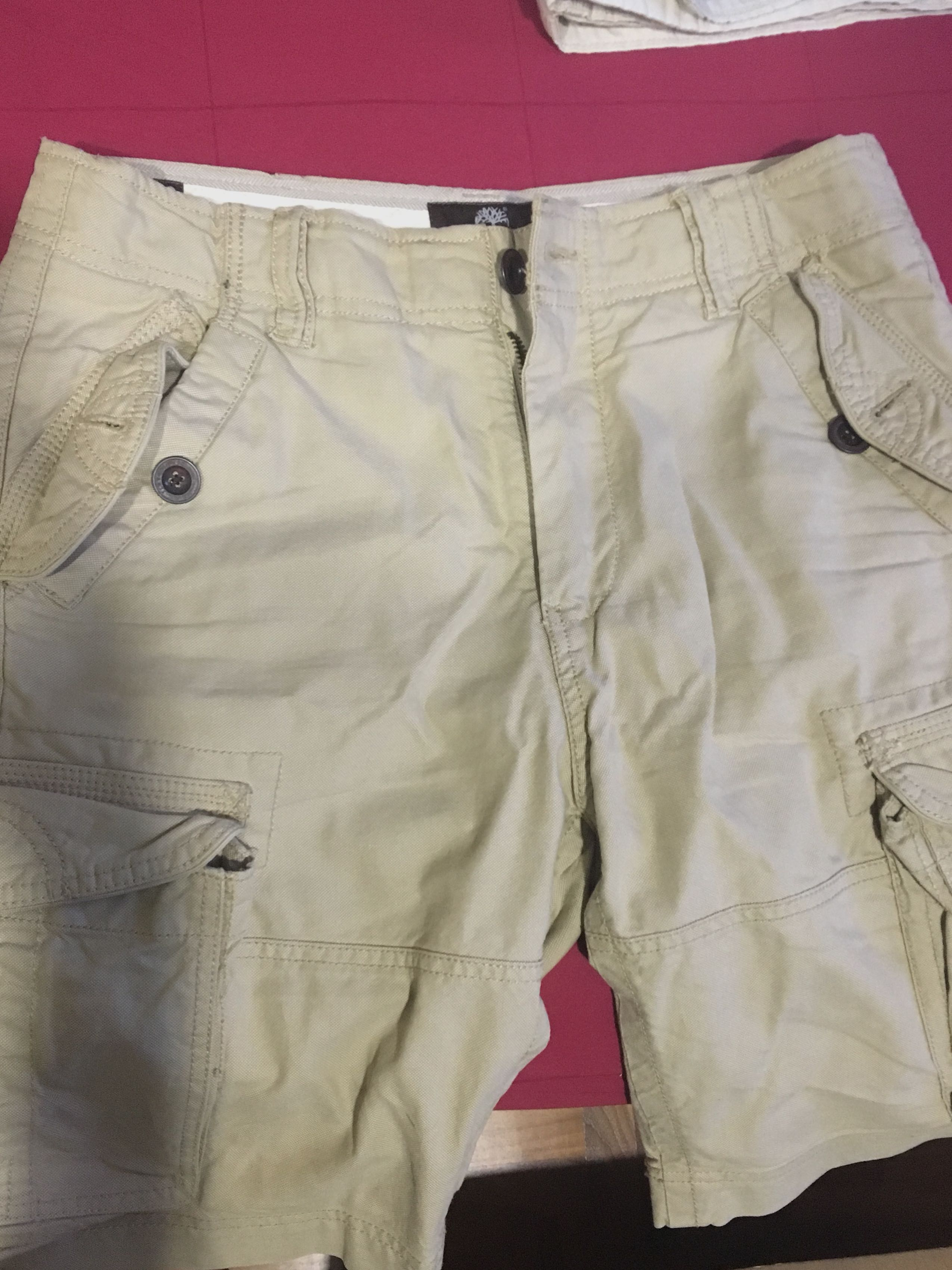27f94f879c Timberland cargo shorts, Men's Fashion, Clothes, Bottoms on Carousell