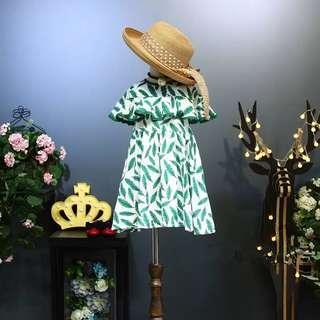 🚚 韓版女童清新滿版葉子荷葉袖連身裙