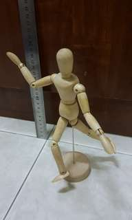 Wooden Human Figure Artist Mannequin Model (around 20cm or 8 inches)