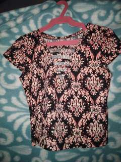 Pre-Loved! Floral Crop top