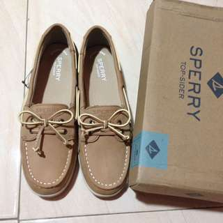 AUTHENTIC SPERRY SHOES 6.5