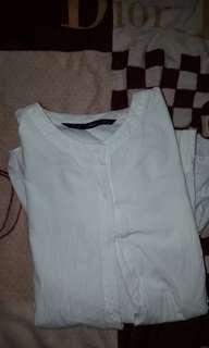 White longsleeves top