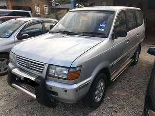 Toyota unser 1800 cc 2000