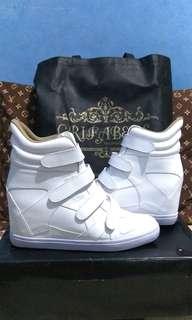 Sneakers Wedges (nego halus)
