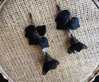 Black Acrylic Earrings / Anting Akrilik / Anting Handmade