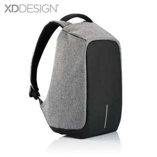 #後背包 USB充電防盜後背包#免運