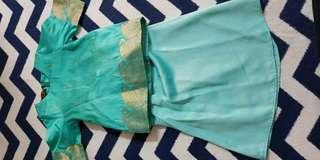 Baju kurung sari