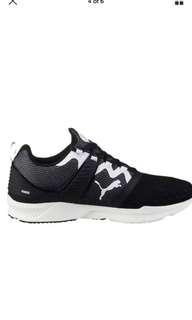 Men's NEW puma shoes size 8