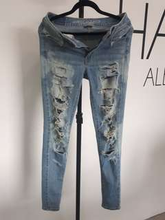 RIPPED KILLED JEANS