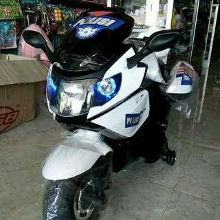 Motor Aki Mainan
