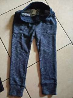 Celana jogger HnM size 3-4y