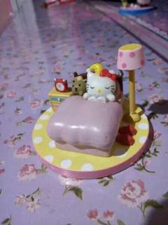 Miniatur hello kitty sleep