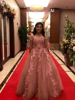 For rent offshoulder gown