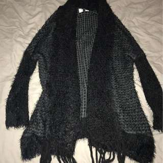 BLACK THICK SOFT KNIT CARDIGAN *SIZE XS/S*