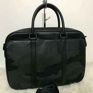 Coach Perry Matte Black Out Slim Briefcase Bussiness Bag Black 40x30 (with laptop compartment and crossbody strap)