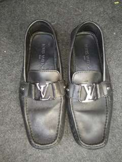 Signature LV Loafer [Preloved Item]