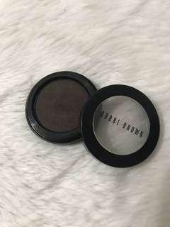 Bobbie Brown Shimmer Wash Eyeshadow in Black Plum