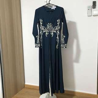 raya '18- zawara pleated dress