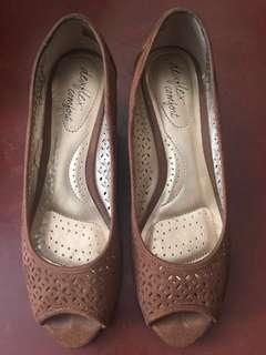 Payless Dexflex Comfort Wedge Shoes Size 8