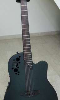 Ovation Elite T 2078TX with case