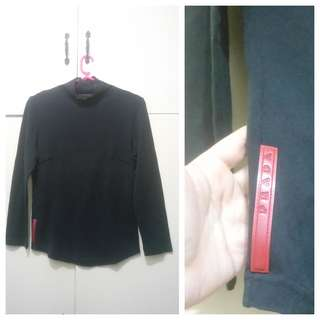 WA683 Prada Black Cotton Sweatshirt - small (GUC)