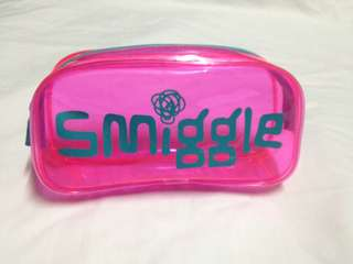 Smiggle Transparent Case