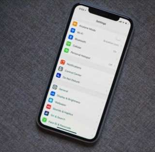 **Iphone X 64gb w apple care