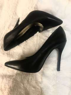 Nine West Leather Heels (Size 6)