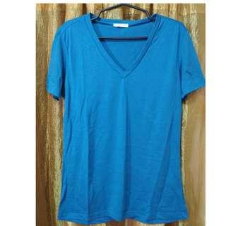 Blue green v-neck shirt