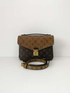 Authentic Louis Vuitton Metis Pochette Reversed