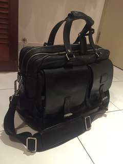 Tumi Over Night Leathers Duffle