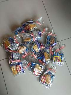 Party pack supplies