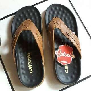 Sandal pria size 40