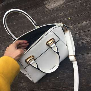 White collette small hand bag