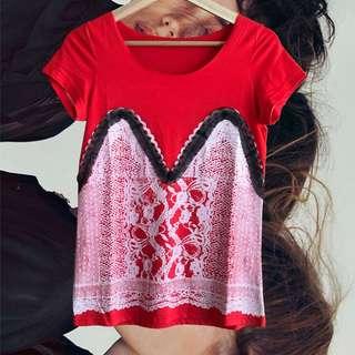 紅色蕾絲短袖T恤