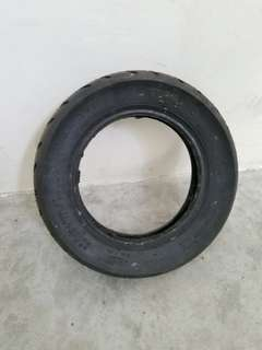 Escooter tyre
