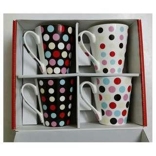 Fine Casa 4 pcs  Mug Set