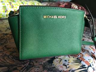 Preloved Michael Kors mini massager