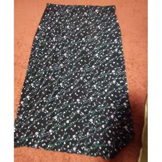 Susan Lawrence Black Floral Midi Skirt